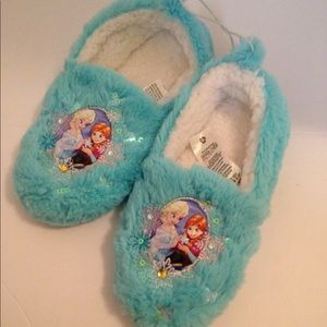 Disney Frozen slippers light blue size 2-3